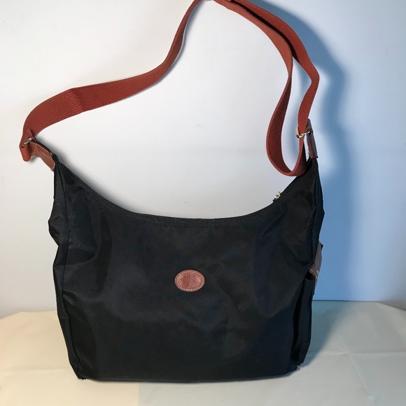 f8edc6e8e2b1 Longchamp Handbags - LongChamp  Le Pliage  Convertible Hobo bag